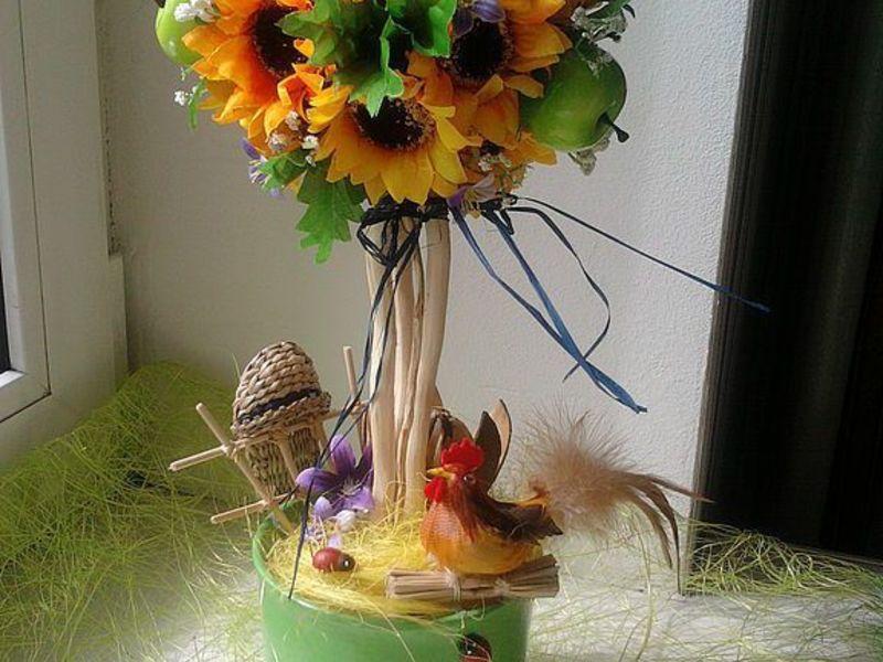 Топиарий с цветами и фруктами