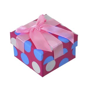Коробка с бантом для подарка