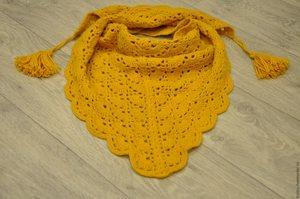 Желтый шарф бактус