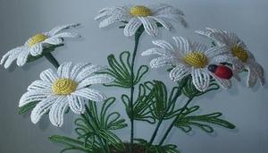 pletem_polevye_cvety Как сделать цветы из бисера своими руками: фото, схемы и видео
