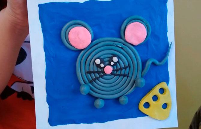 Объемная мышка из пластилина