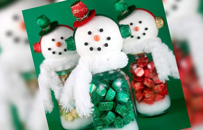 Подарочный снеговик