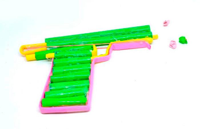 Стреляющий пистолет