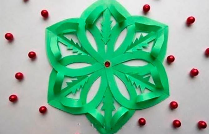 3D-снежинка с елочками