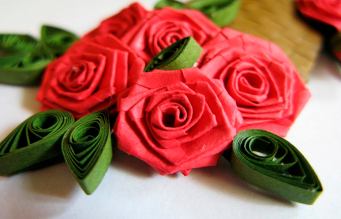 Розы квиллинг